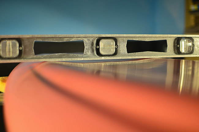 Stretch-Buzzsaw-Concave-Deck